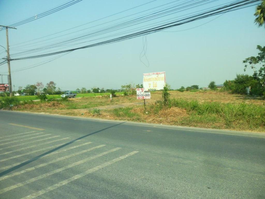ขายที่ดิน ถนนลำลูกกา รังสิตคลอง 8 พื้นที่ 7 ไร่ ถมดินแล้ว